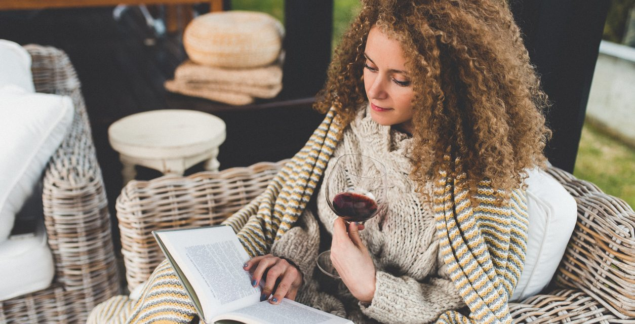 Can a glass of wine before bed help you lose weight?