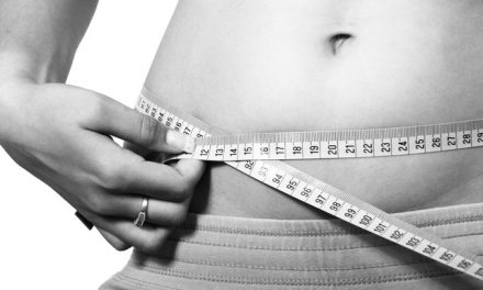 Be a Bloat-Buster! 8 Tips to Get Rid of Last-Minute Belly Bloat