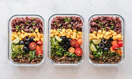 6 Small Meals a Day vs 3 Big Meals: Which is Better?